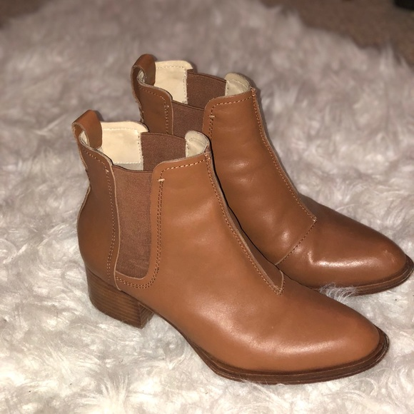 30a9ce82b5 Rag & Bone Walker II Leather Ankle Chelsea Boots. M_5b04c9ed2ab8c56d5d708828
